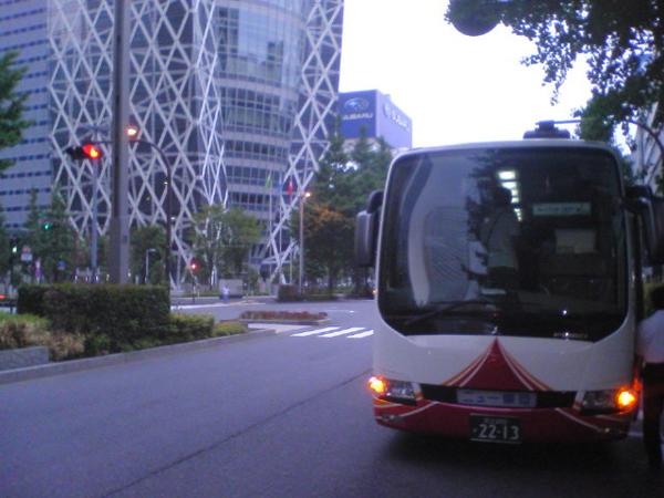 100920_bus_01.jpg
