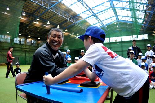 元プロ野球選手・清原和博さんが子どもたちを熱血指導!「キッズ・ベースボール・チャレンジ」が開催3
