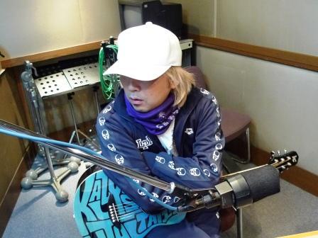 radioblog090402_01.JPG