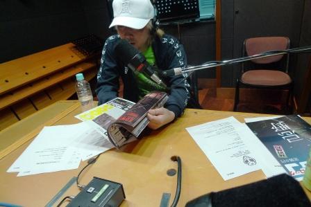 radioblog090526_01.JPG